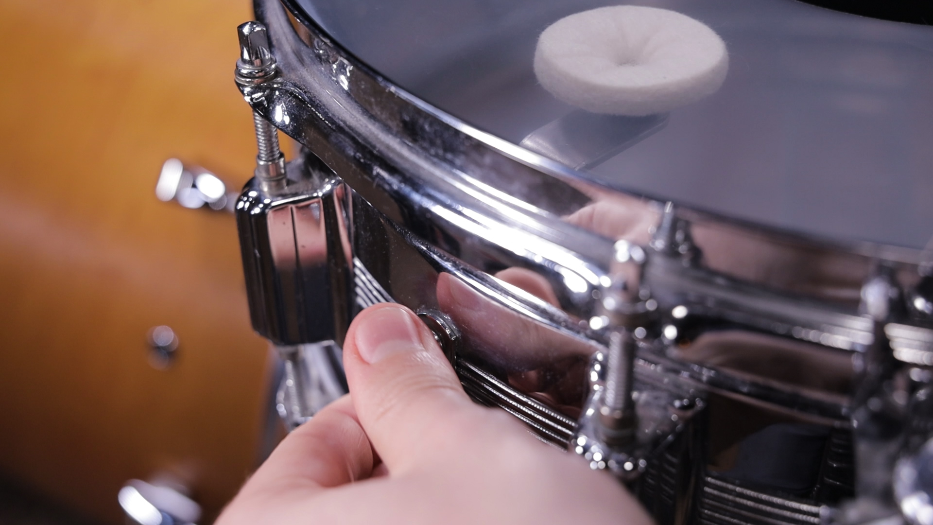 home of drums snare drum dampening methods 03